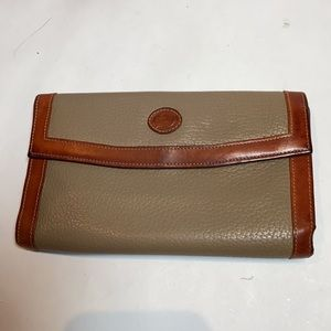 Vintage Dooney & Bourke Taupe Leather Wall…